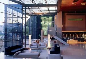 lounge e bar decorado