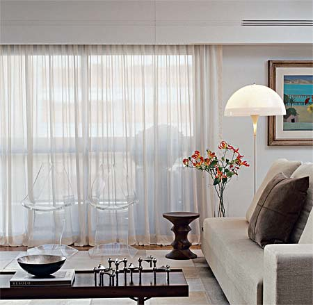 cortineiro de madeira