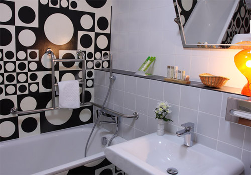 decoracao parede preta e branca