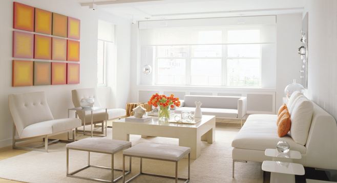 decoracao branca sala:White with Orange Accents Living Room