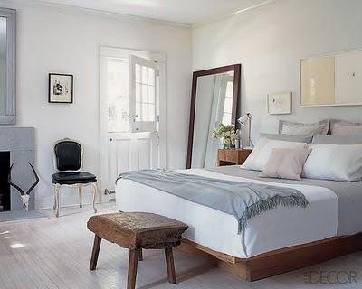 quarto branco e cinza