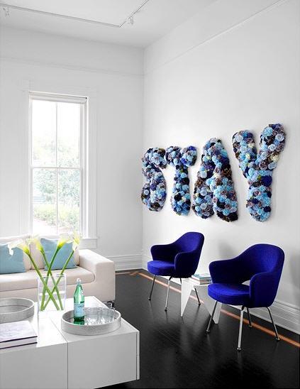sala azul e branca