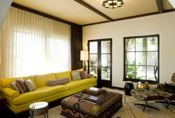 Sala De Tv Com Sofa Amarelo ~ Marrom e amarelo fazem uma combinação clássica linda