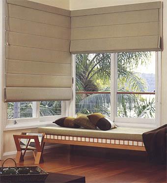 cortina janela no canto