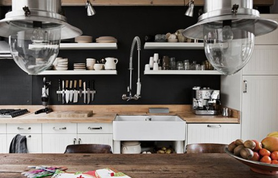 parede preta na cozinha