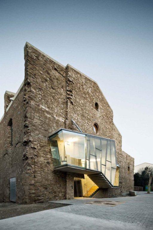 Intervenção no convento de São Francisco, na Espanha, manteve igreja do século XVIII em ruínas
