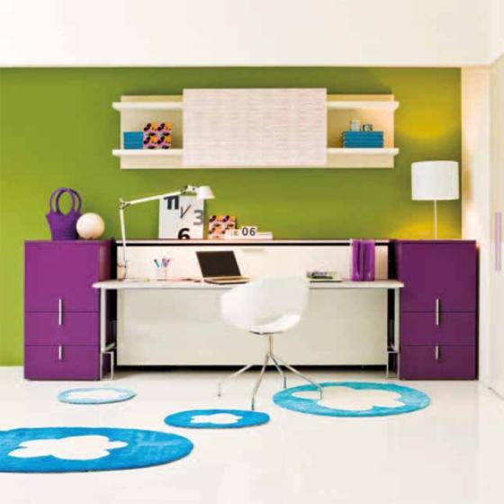Mesa de escritório se transforma em cama e economiza espaço