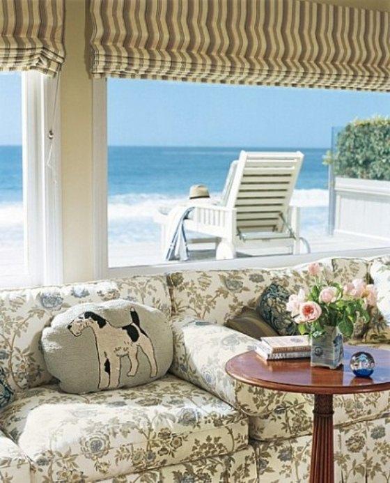 varanda em casa de praia em Malibu, Califórnia