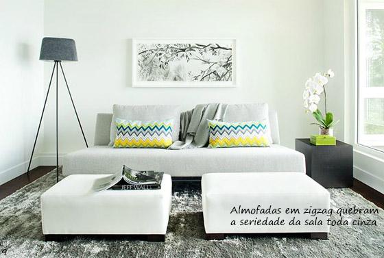 sala de estar moderna cinza e branca