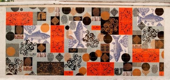 Painel de azulejos foi feito pela artista Calu Fontes durante o Design Weekend e ficou de presente para a cidade de São Paulo